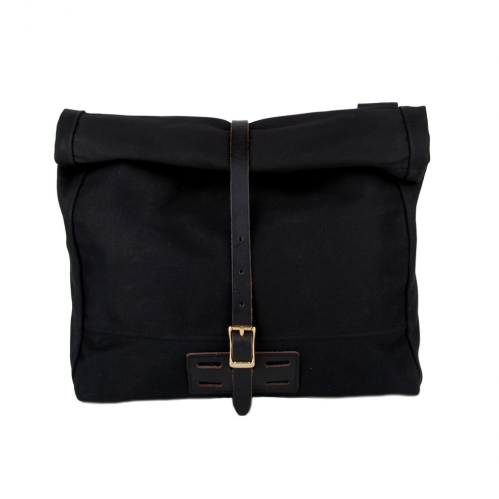 Archival Clothing - Rolltop Tasche Waxed Canvas, Schwarz