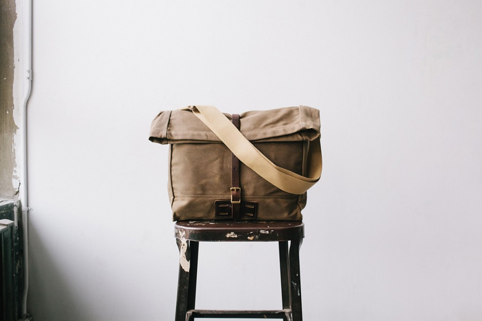Archival Clothing - Rolltop Tasche Waxed Canvas, Ranger Tan