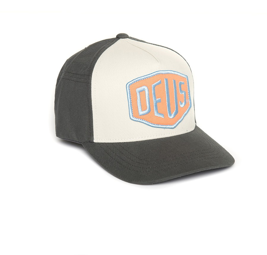 Deus Ex Machina - Colourshield Trucker Cap Jet Black