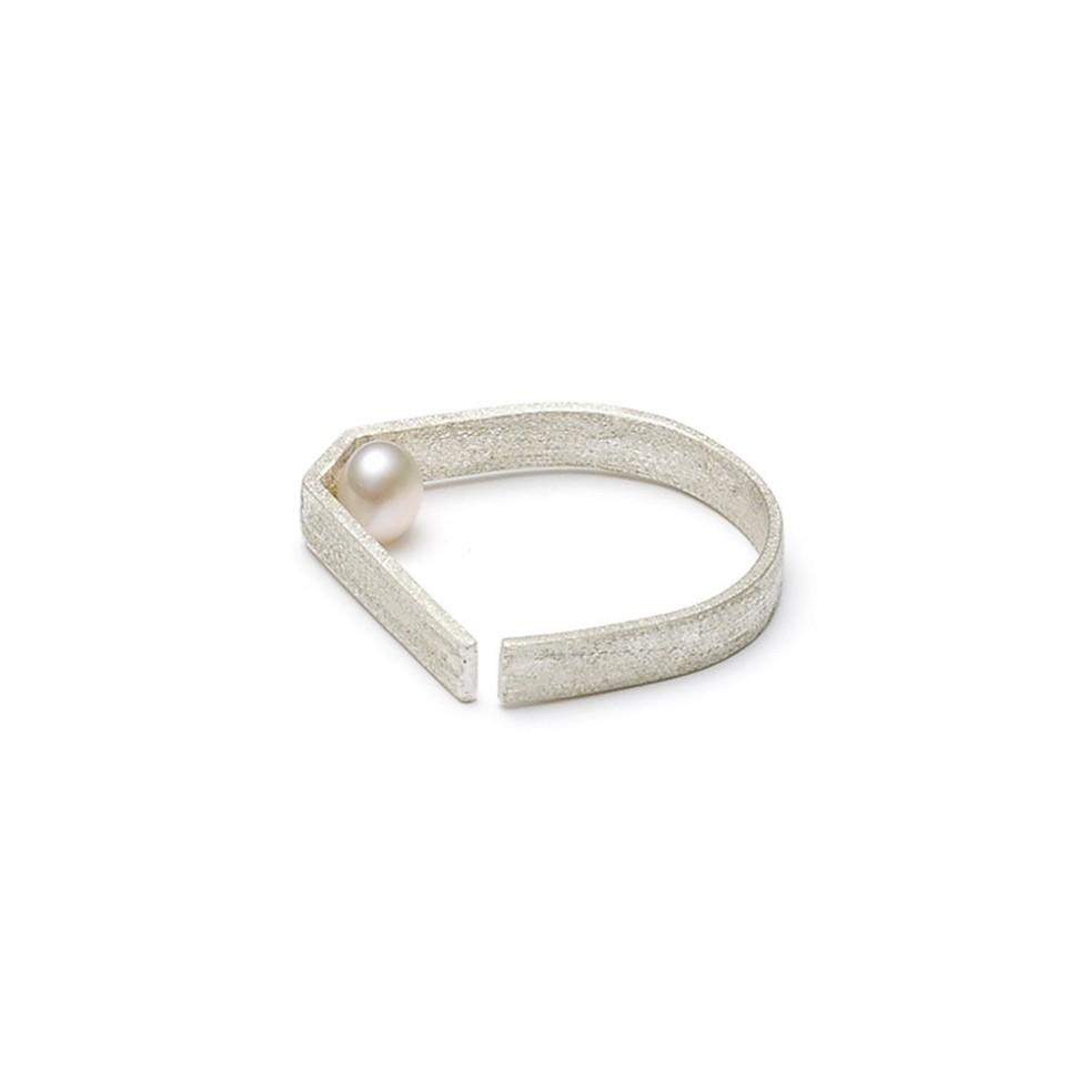 Louise Kragh - Freshwater Pearl Ring, Silber