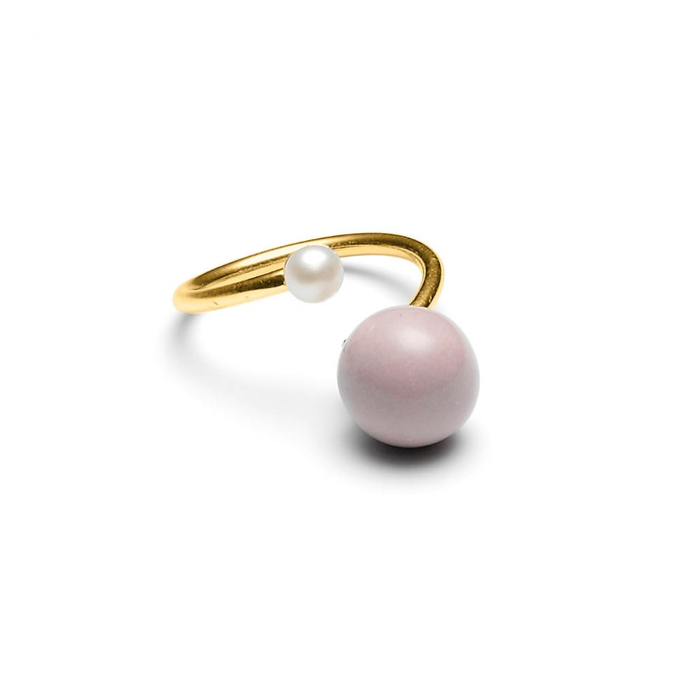 Louise Kragh - Freshwater & Powder Pearl Ring